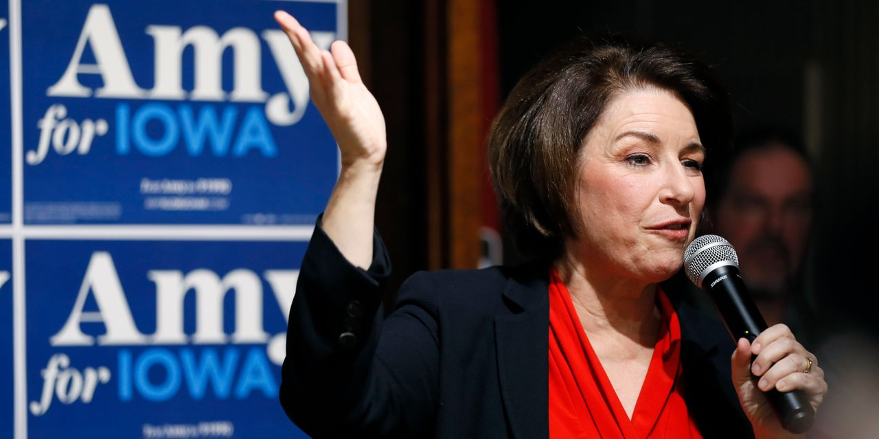 Klobuchar Approaches Her Now-or-Never Iowa Moment