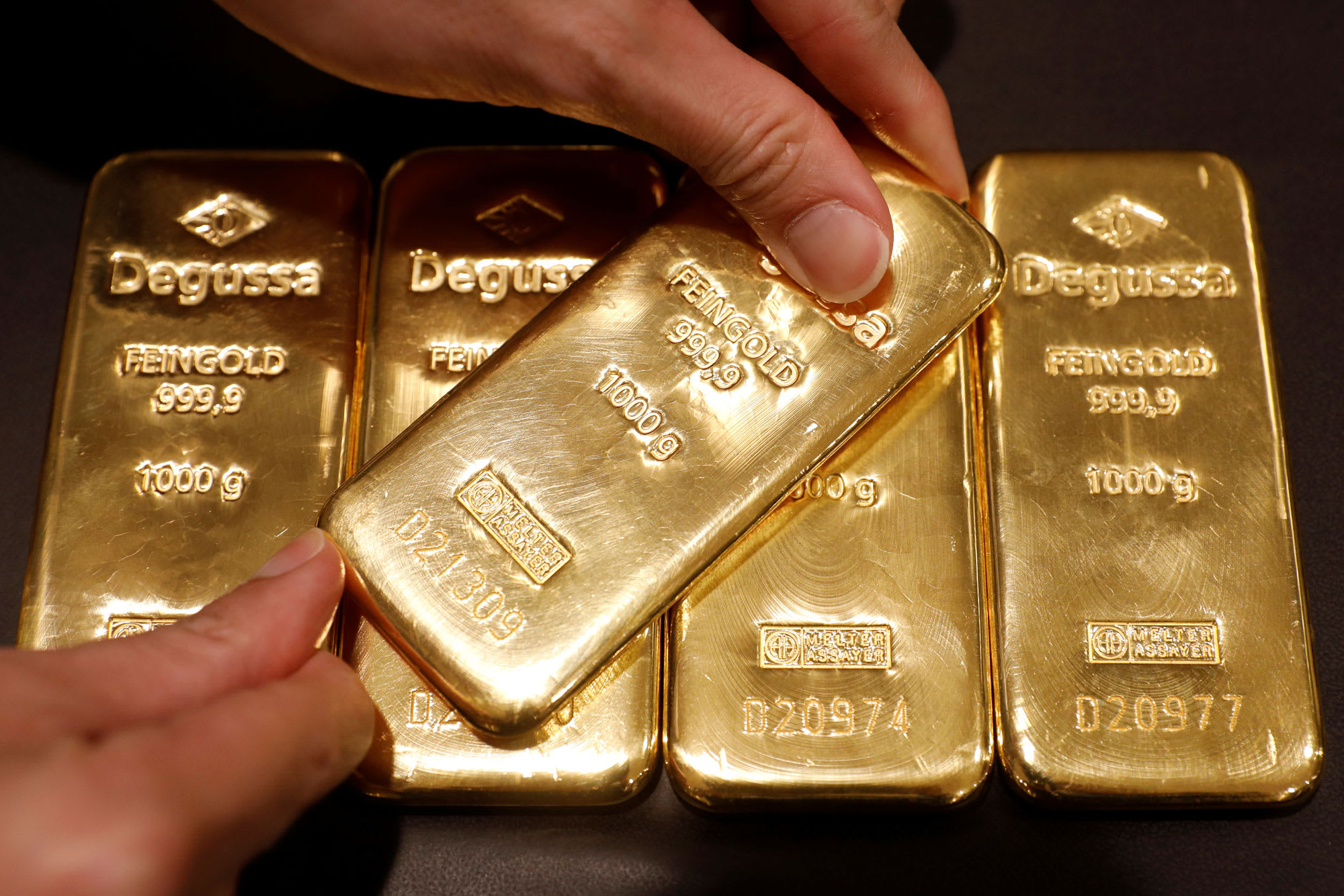 Goldman Sachs pushes gold, based in part on growing popularity of deficit-spending theory