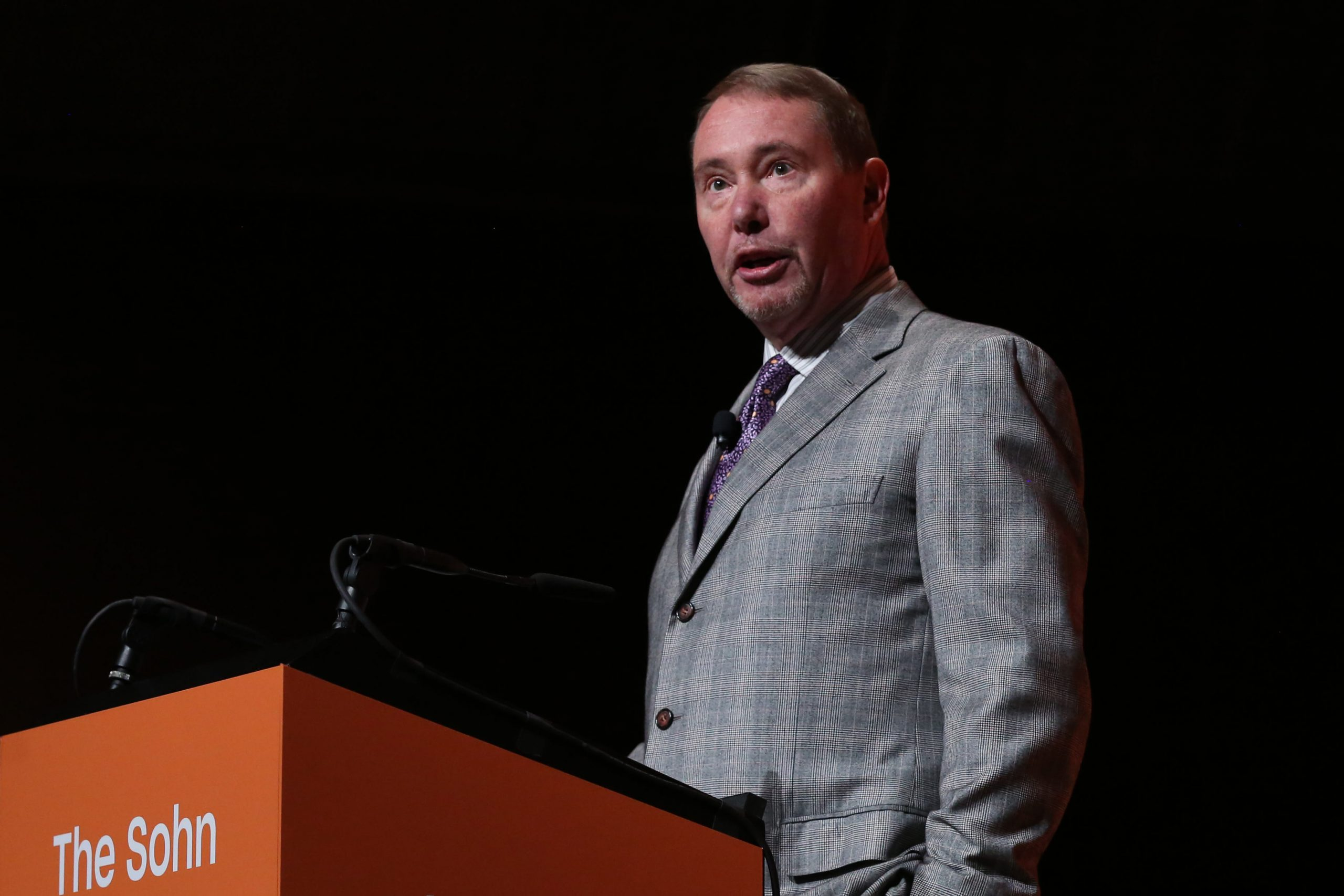 Gundlach sees 10-year yield jumping above 2% because the Fed is 'cheerleading inflation higher'