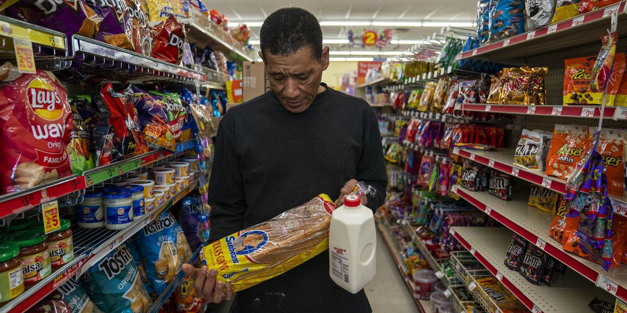 Facing a 'Food Desert,' Oklahoma City Seeks to Limit Dollar Stores