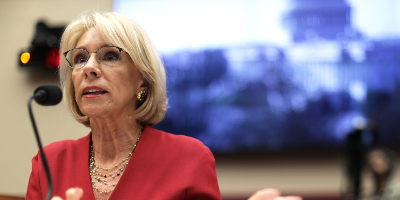 Trump Administration Weighs Plans to Reduce Student Debt