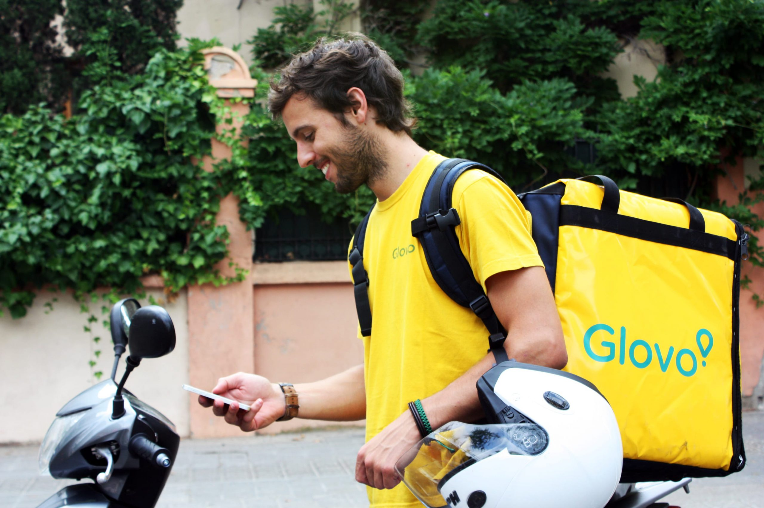 Abu Dhabi leads $167 million investment in Spanish delivery app Glovo