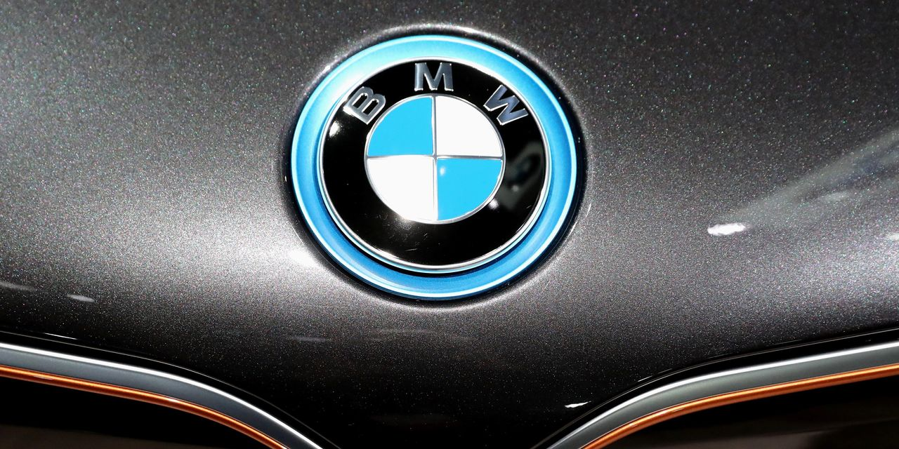 SEC Investigating BMW Over Sales Practices