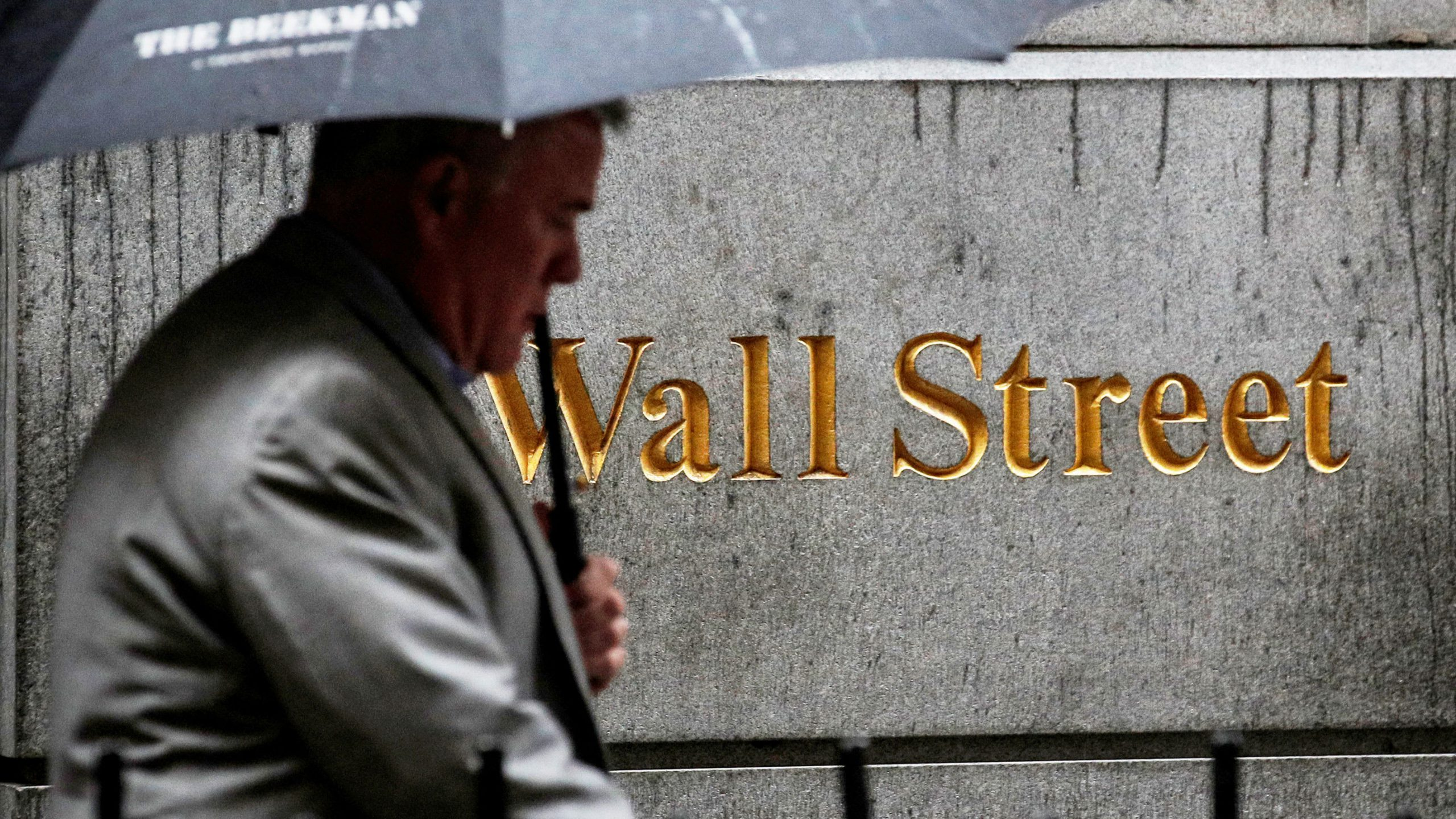 US stock markets set to build on record highs in shortened trading session