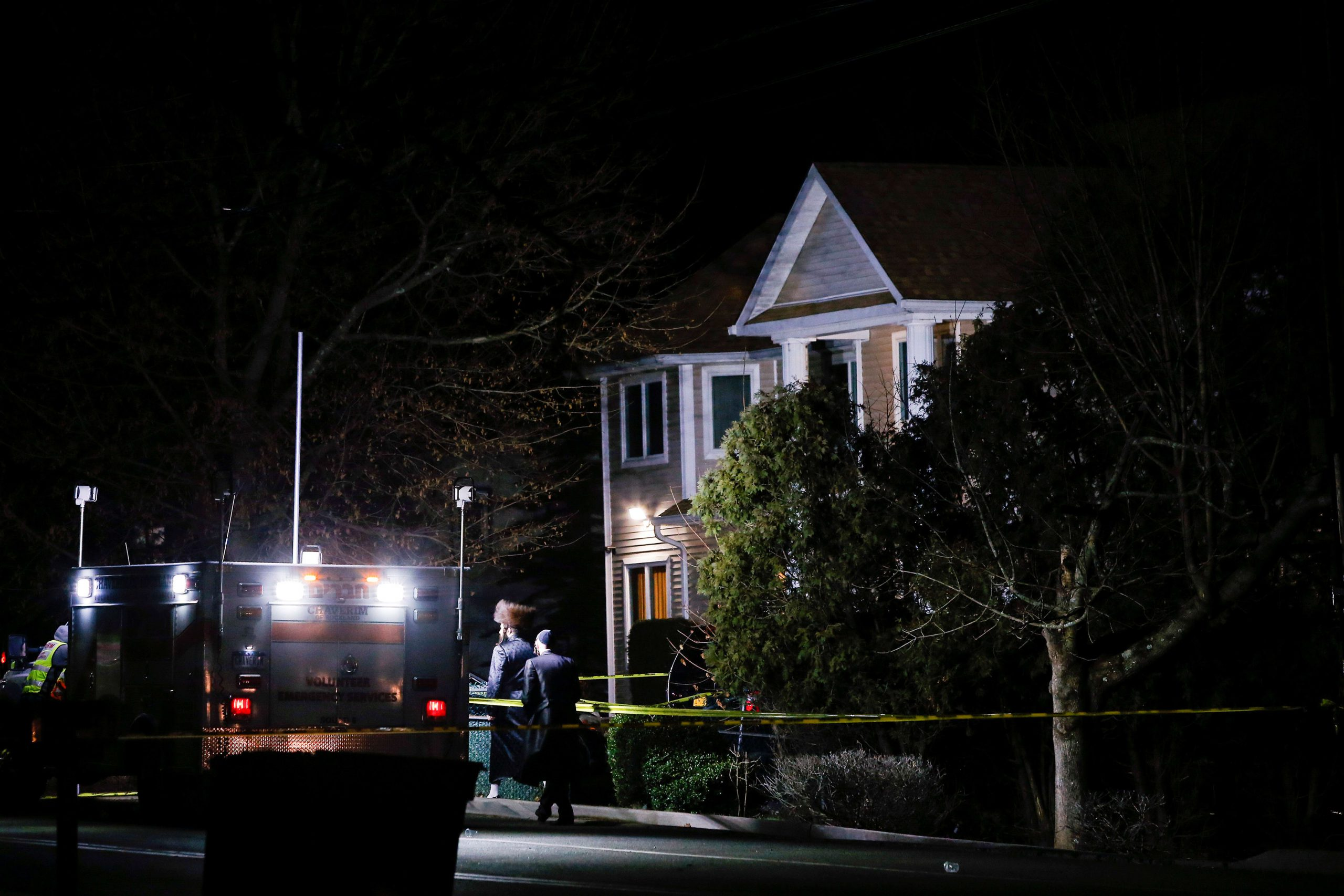 Attacker stabs five at rabbi's home in New York