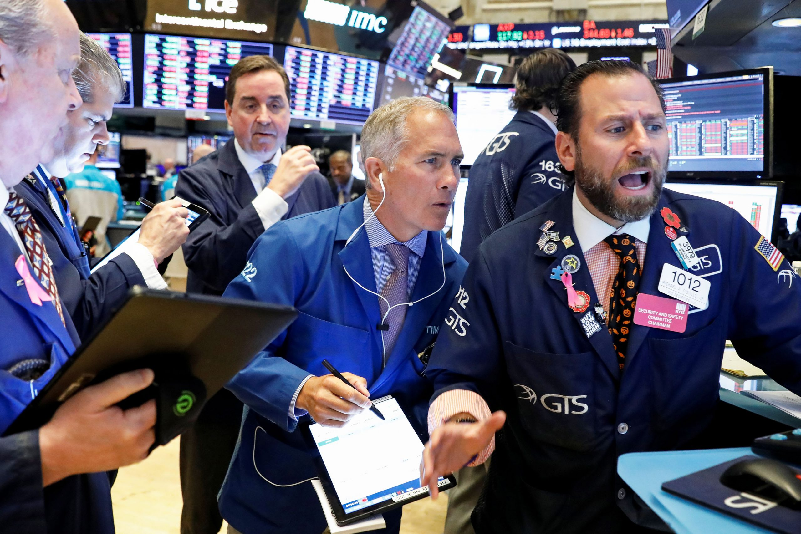 US futures point to a higher open
