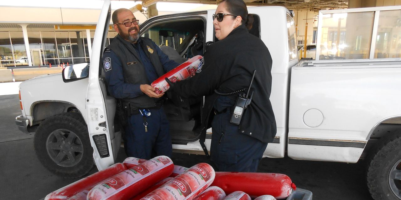 At Border, Customs Work Includes Taking a Lot of Bologna
