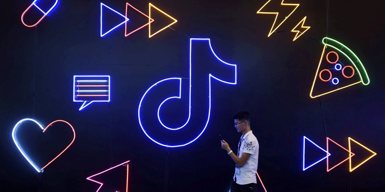 TikTok Wants to Stay Politics-Free. That Could Be Tough in 2020.