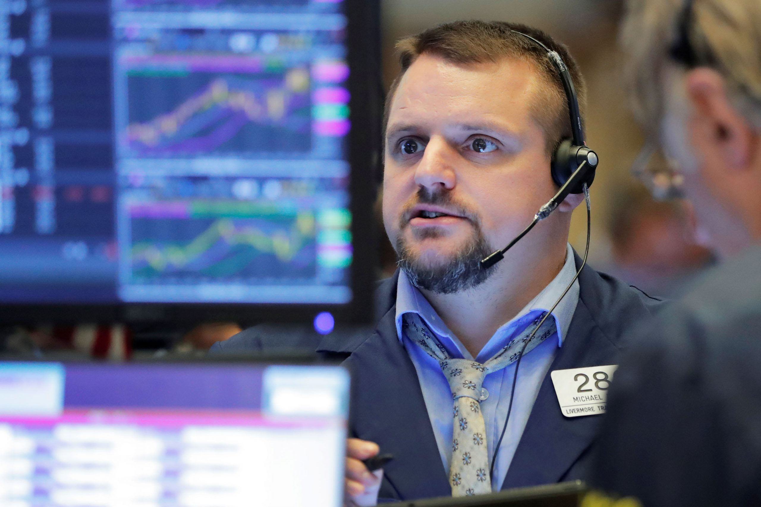 Dow futures drop more than 100 points amid geopolitical tensions