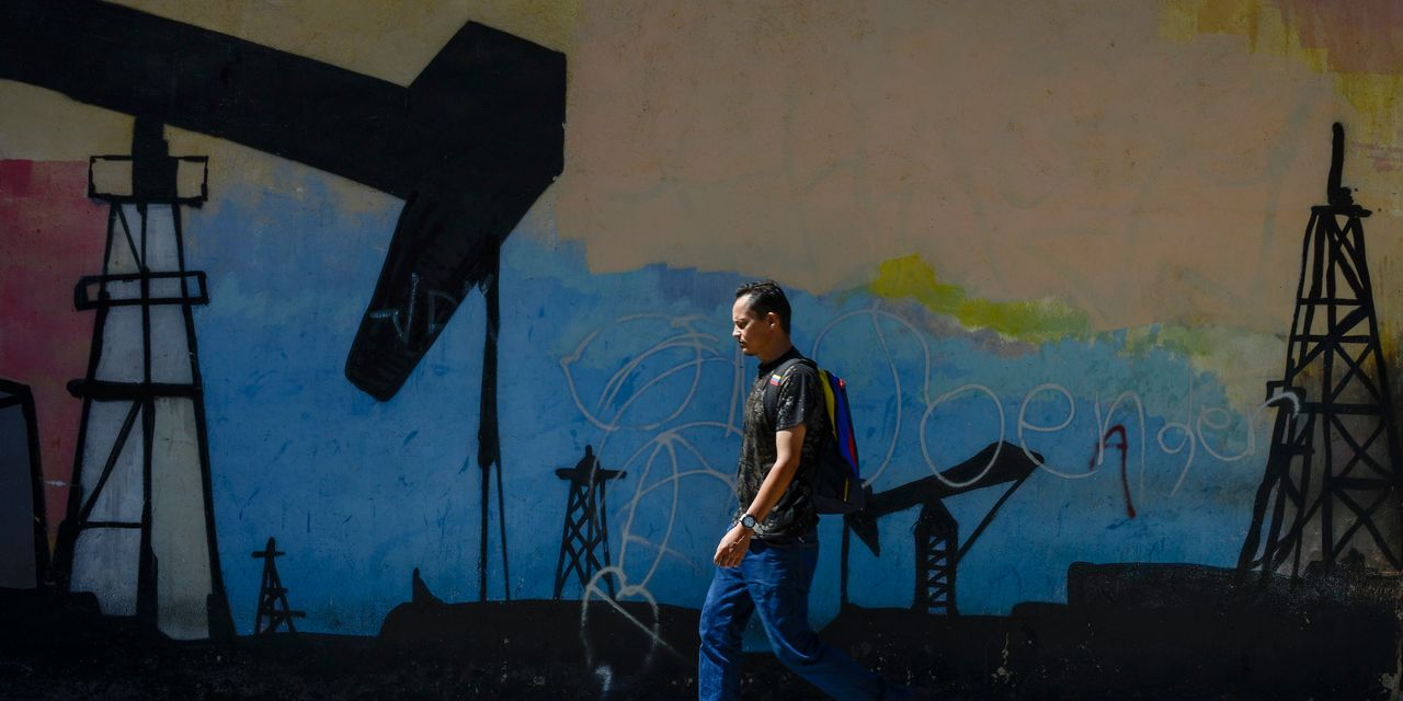 Behind Maduro's Latest Power Play: Reviving Venezuela's Collapsed Oil Industry