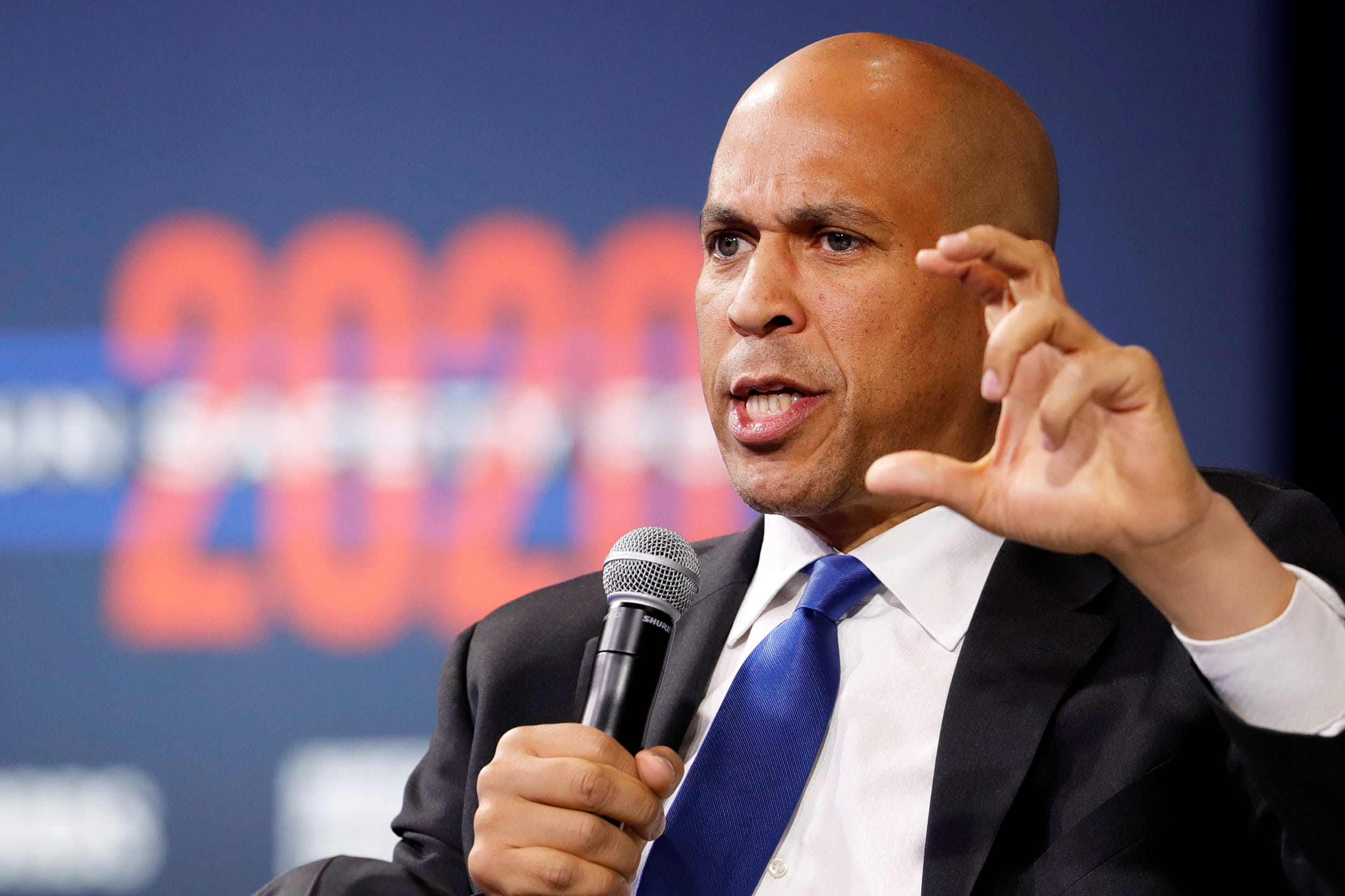Democrat Cory Booker drops out of 2020 presidential race