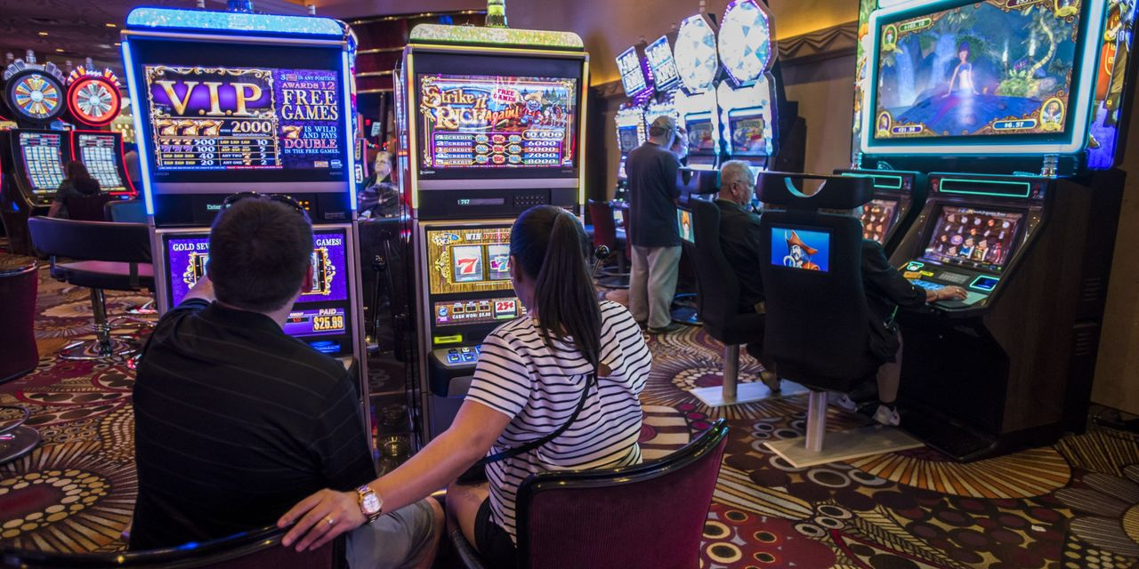 MGM Resorts Nears Deal to Sell MGM Grand, Mandalay Bay to Joint Venture Including Blackstone