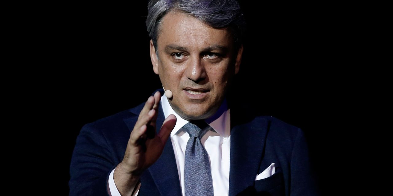 Renault Looks to Former VW Executive for Turnaround After Ghosn Crisis