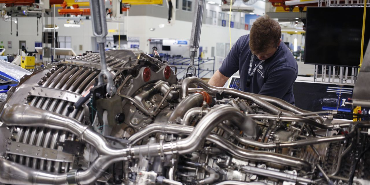 GE Finds Its Footing and Posts Strong Cash Flow
