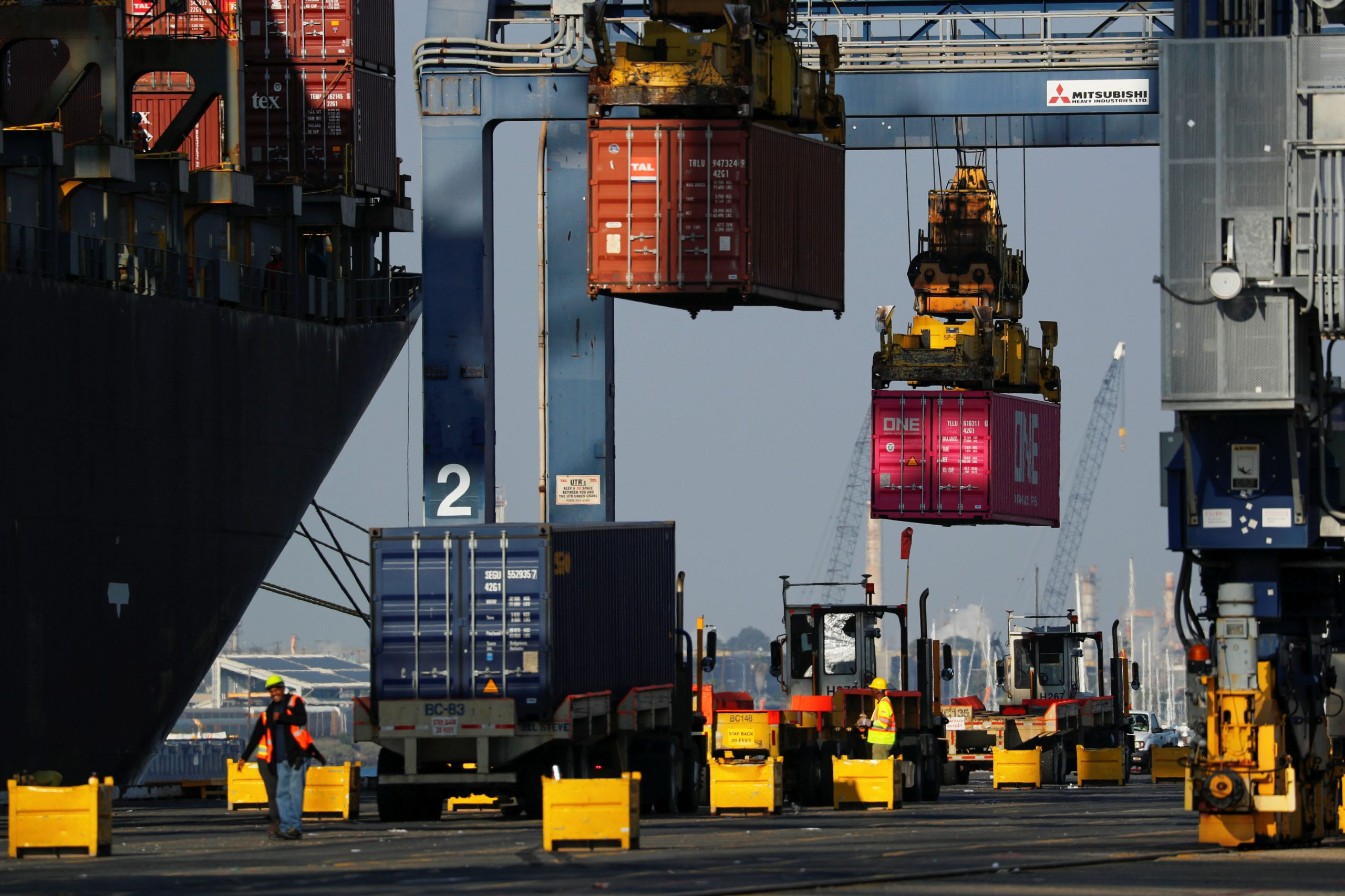 Fourth quarter GDP could show economy entered a slower growth patch at year-end