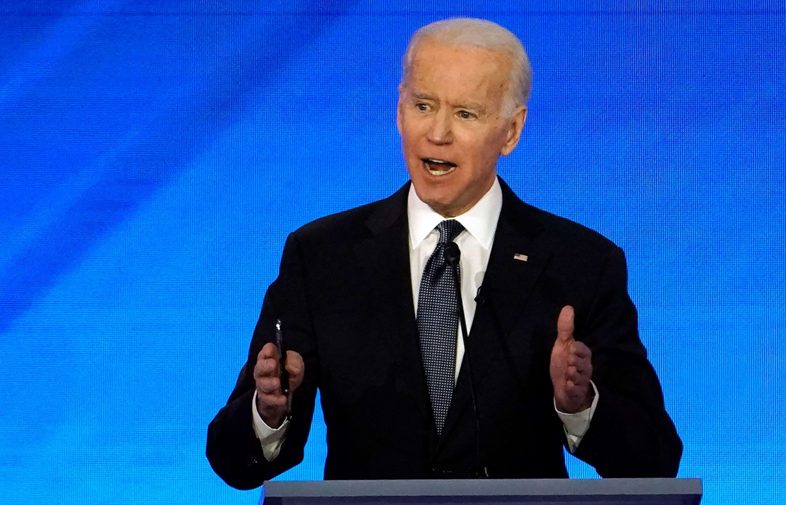 Democratic debate: Biden predicts he will 'take a hit' in New Hampshire primary after 'gut punch' in Iowa