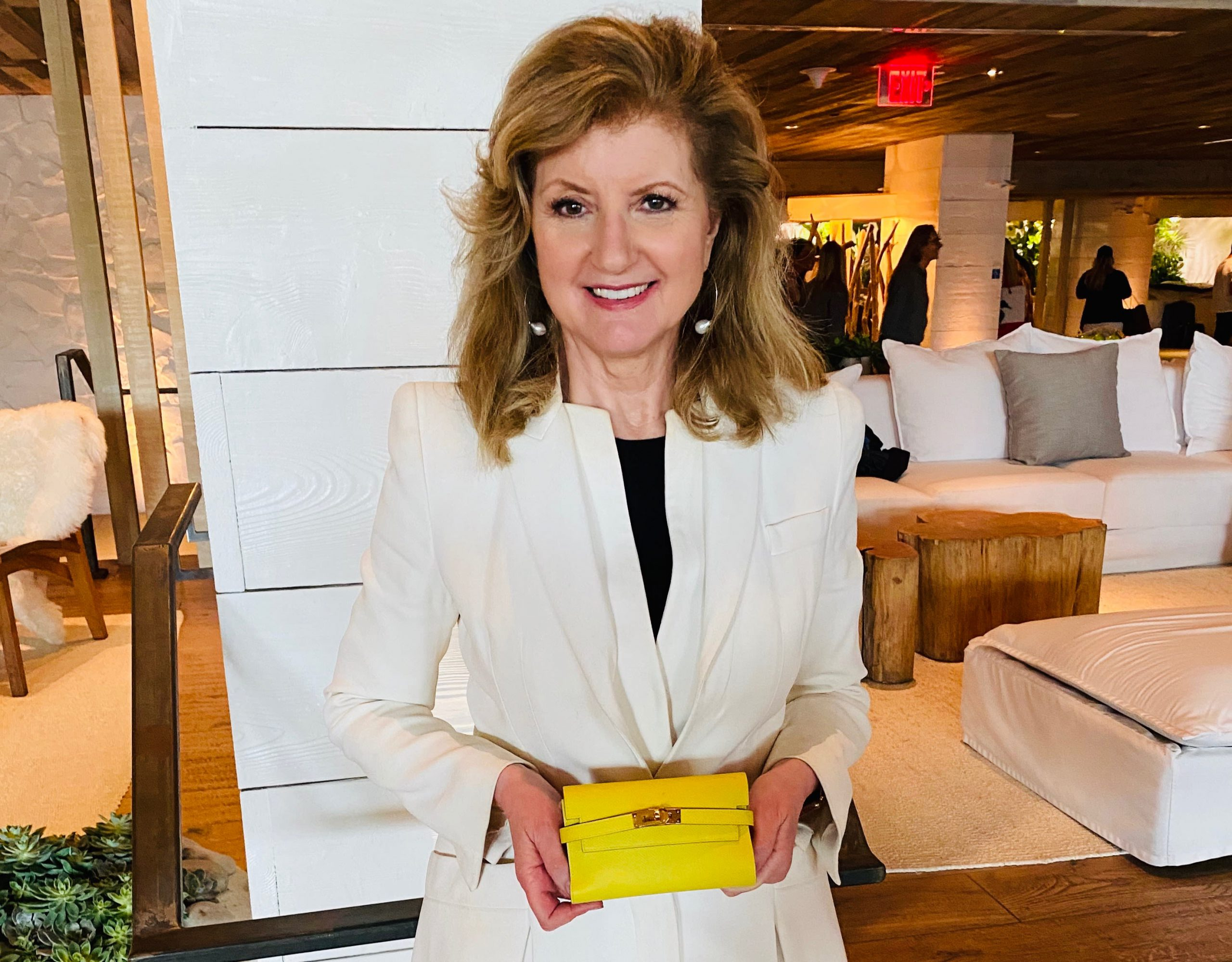 Here's what's inside Arianna Huffington's wallet
