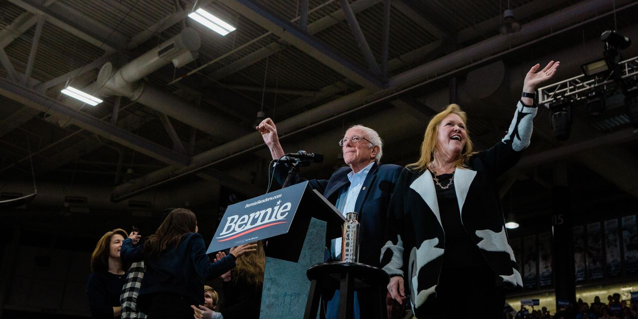 Bernie Sanders Leads in Polls as New Hampshire Primary Voters Cast Ballots