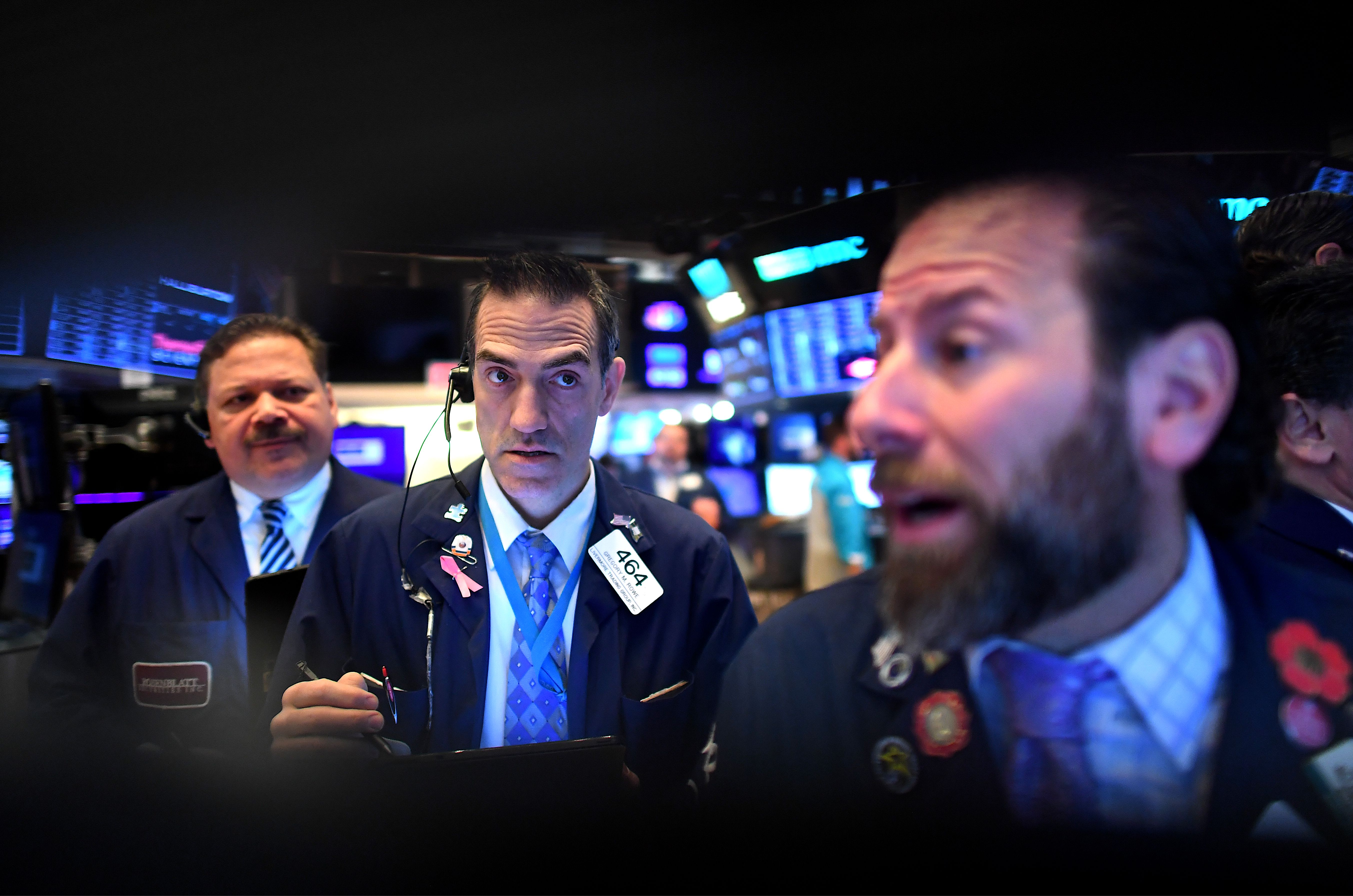 US futures point to higher open after stocks hit fresh record highs