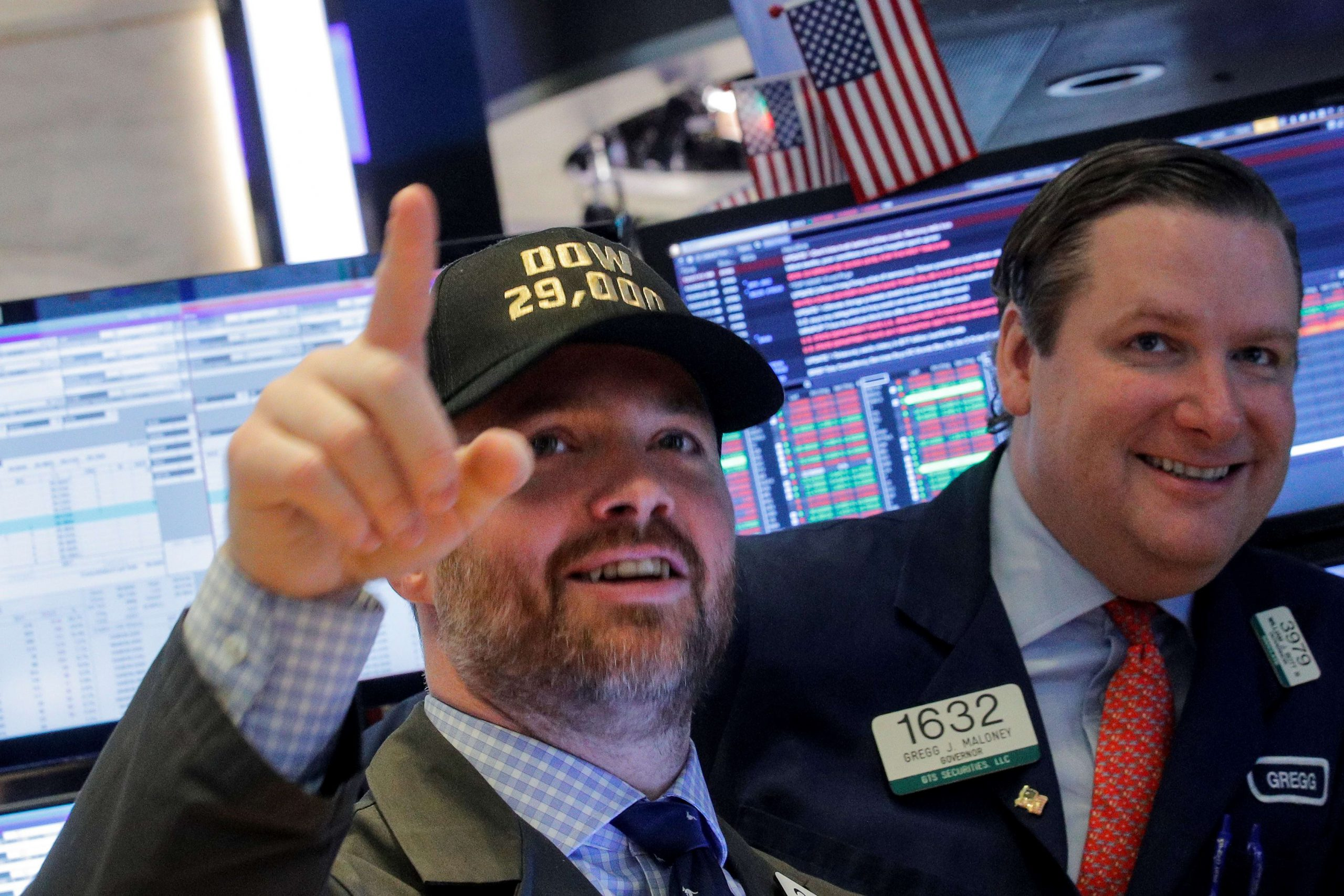 Stock market live updates: Dow futures up 140, Bed Bath & Beyond tanks