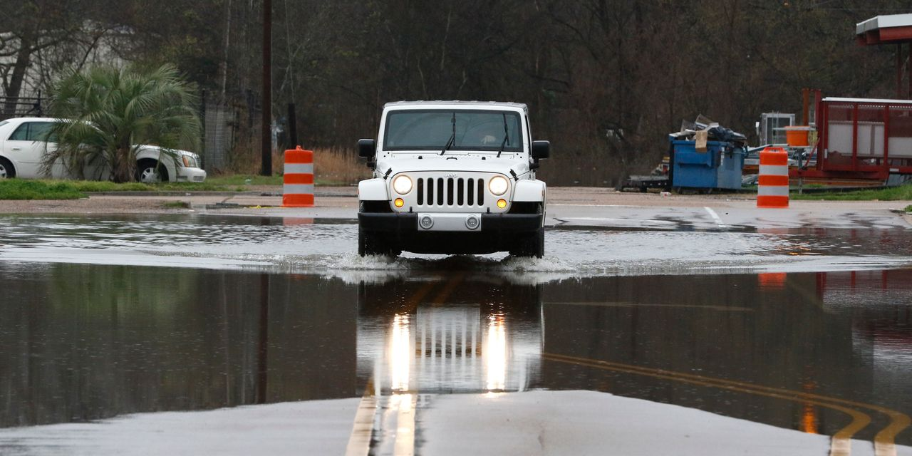 Mississippi Braces for Flooding