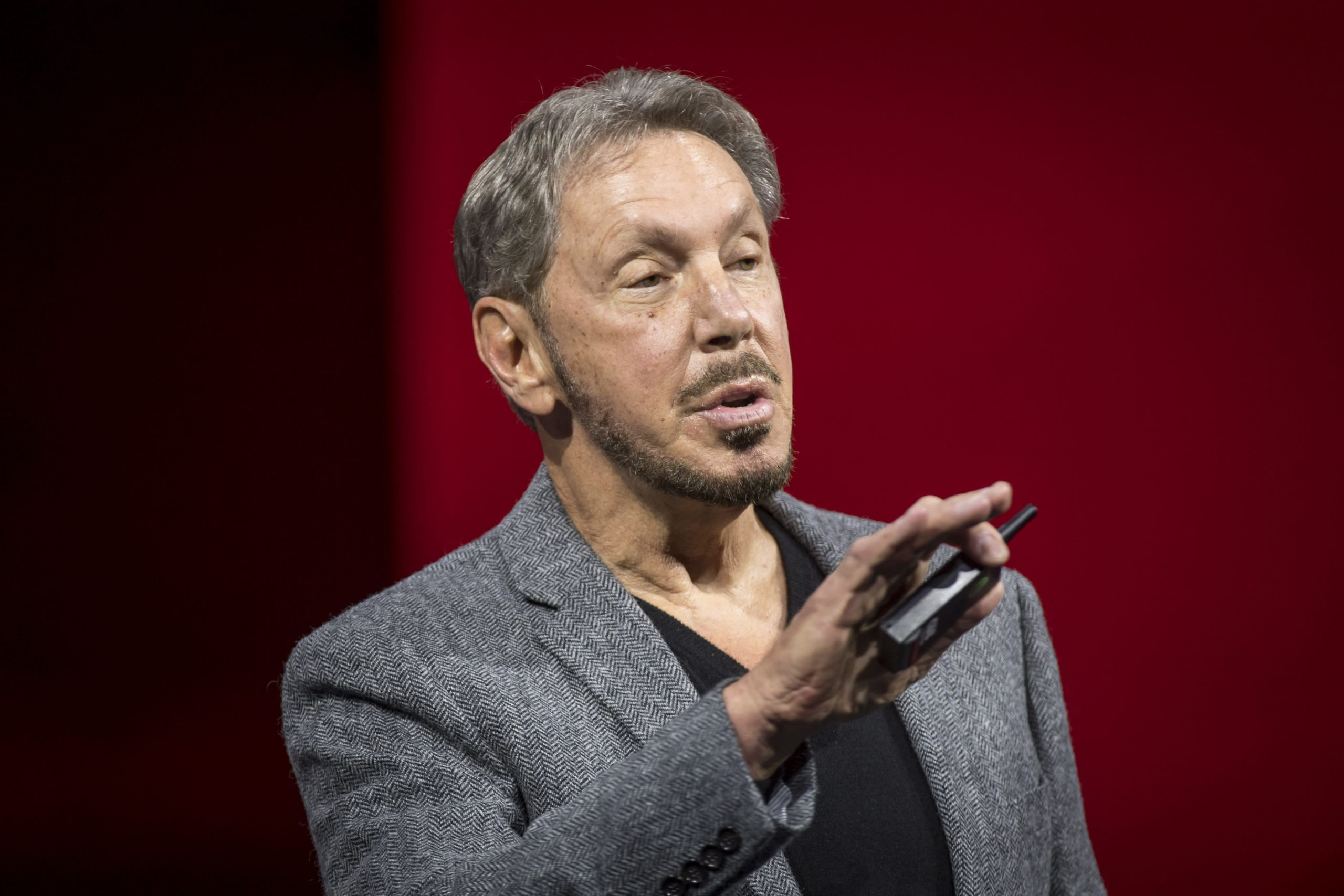 Thousands of Oracle employees protest Larry Ellison's Trump campaign fundraiser