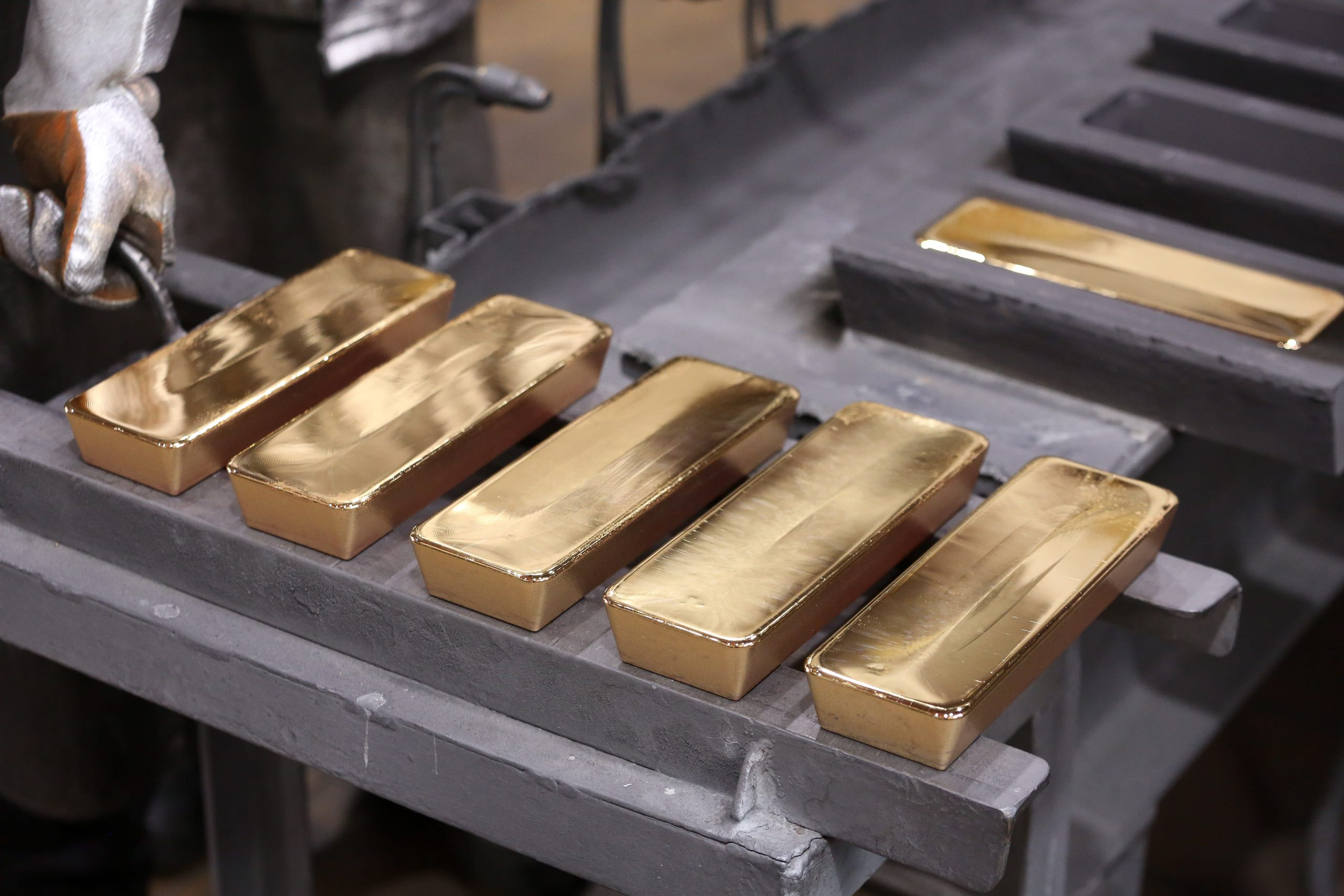 Citi sees gold topping $2,000 in next 12 to 24 months