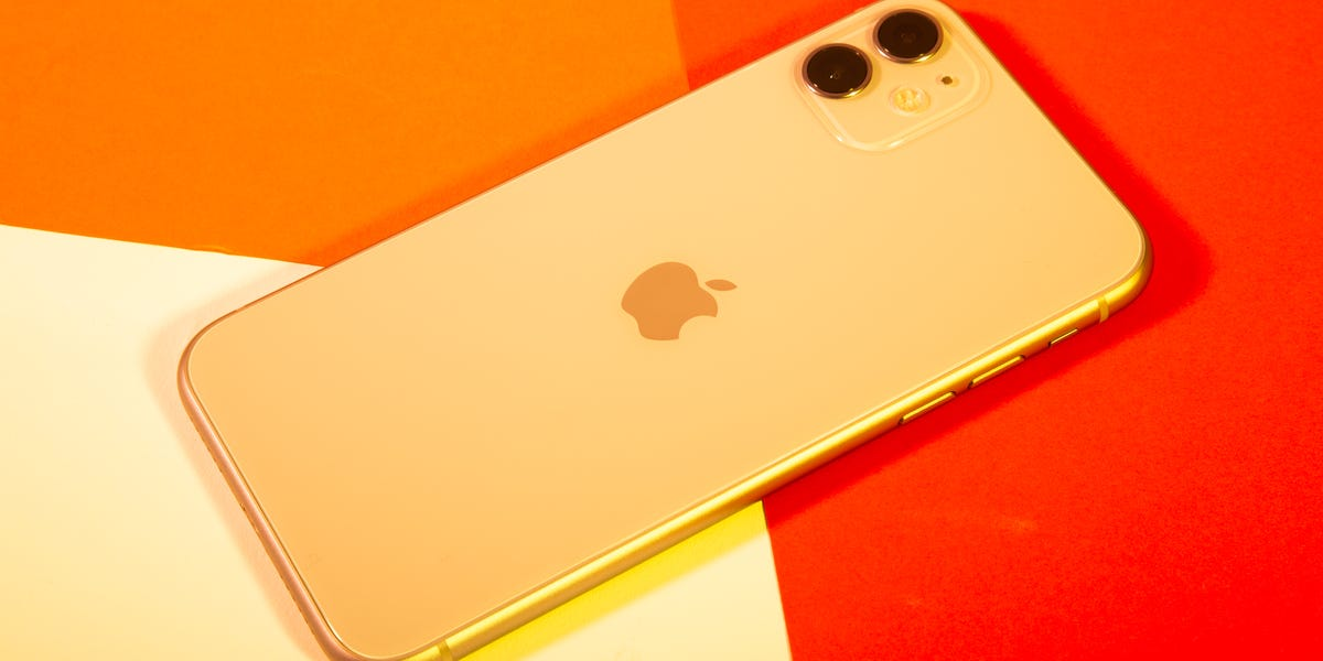 Apple patent application shows iPhone with all glass design