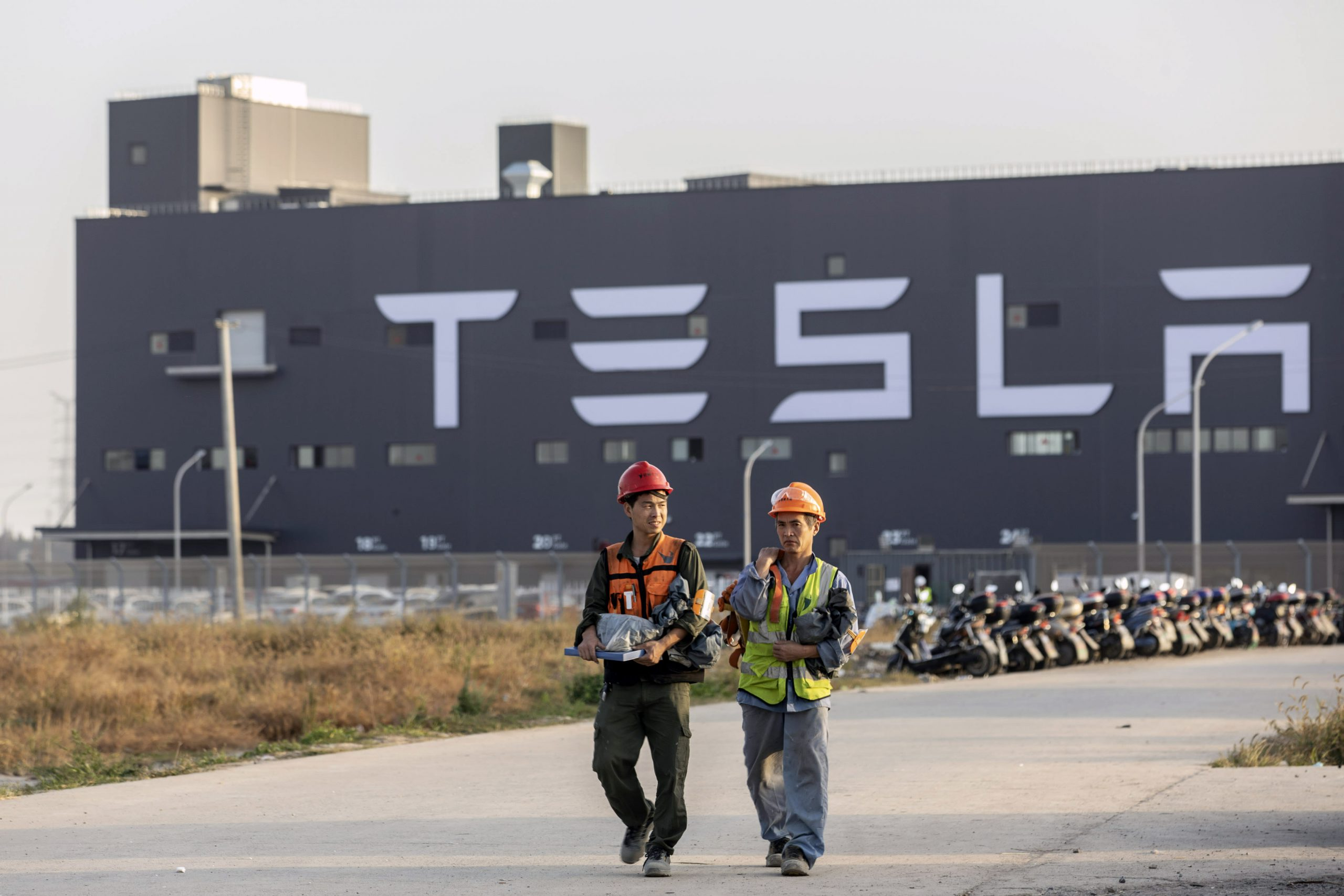 Stocks making the biggest moves midday: Tesla, Uber, Target, Kohl's and more