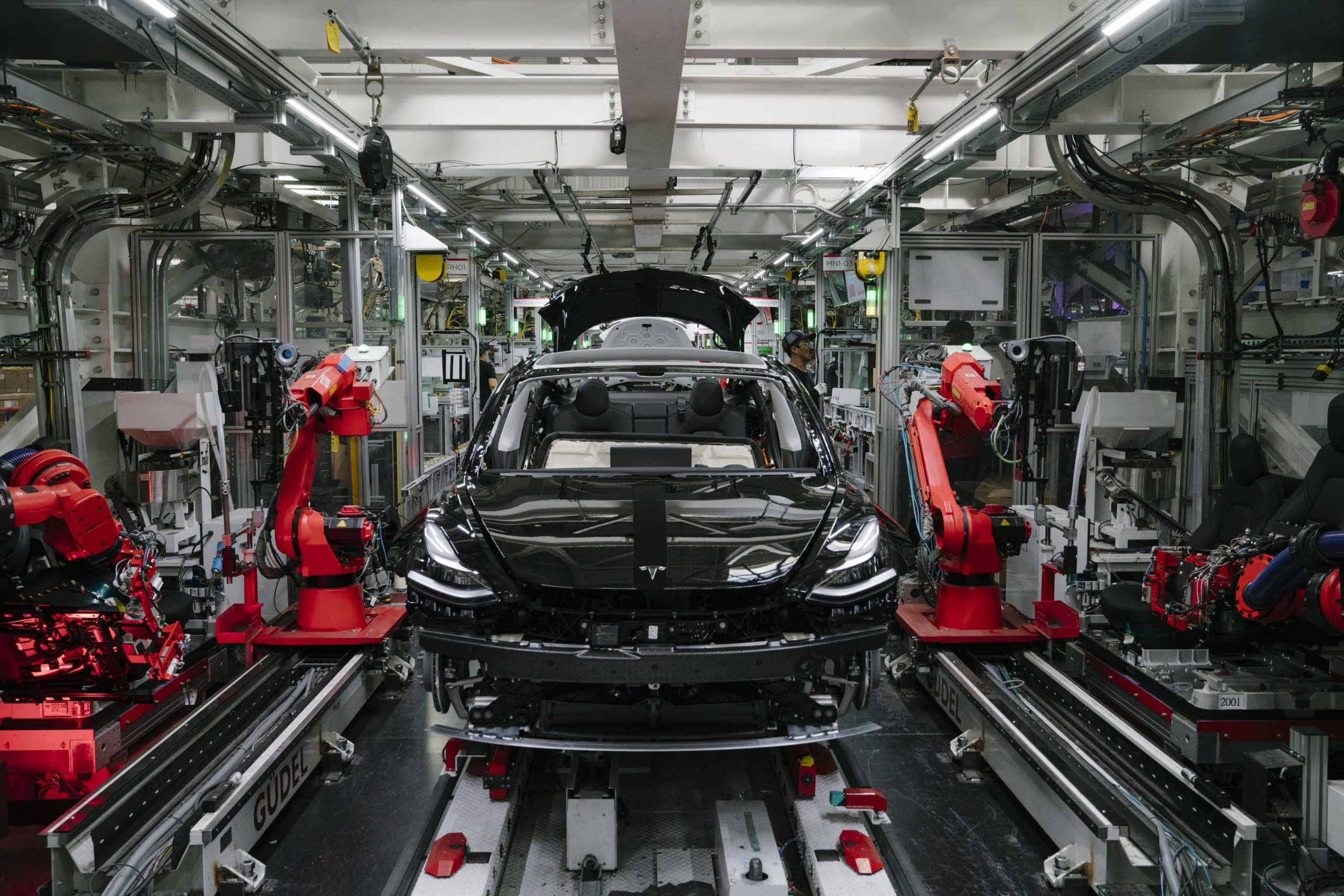 Tesla loses a manufacturing director who helped the company tackle seat and Model 3 production, sources say