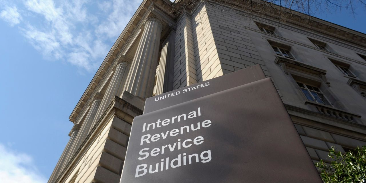 U.S. Treasury Likely to Push Back April 15 Tax Filing Deadline, Sources Say