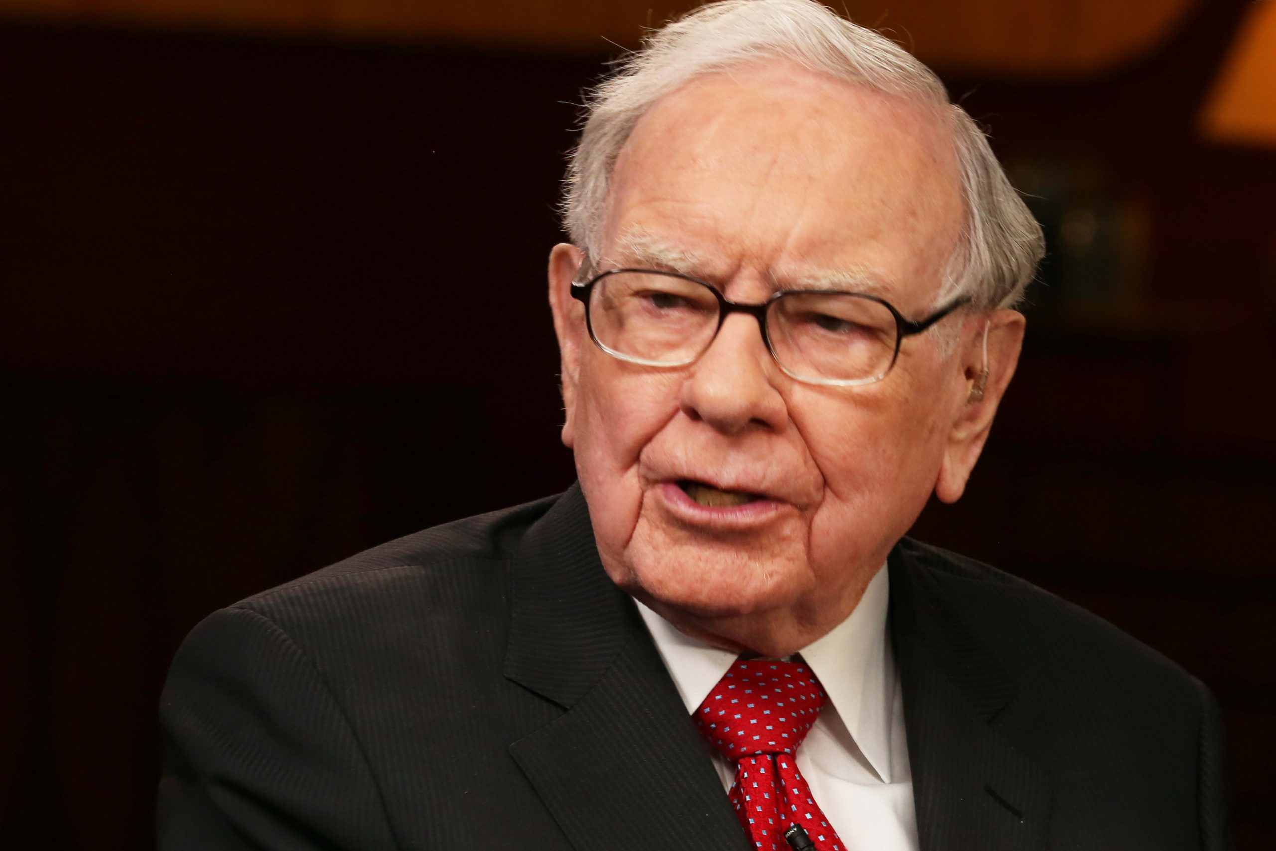 Warren Buffett says Berkshire's annual meeting will be held without shareholders in attendance
