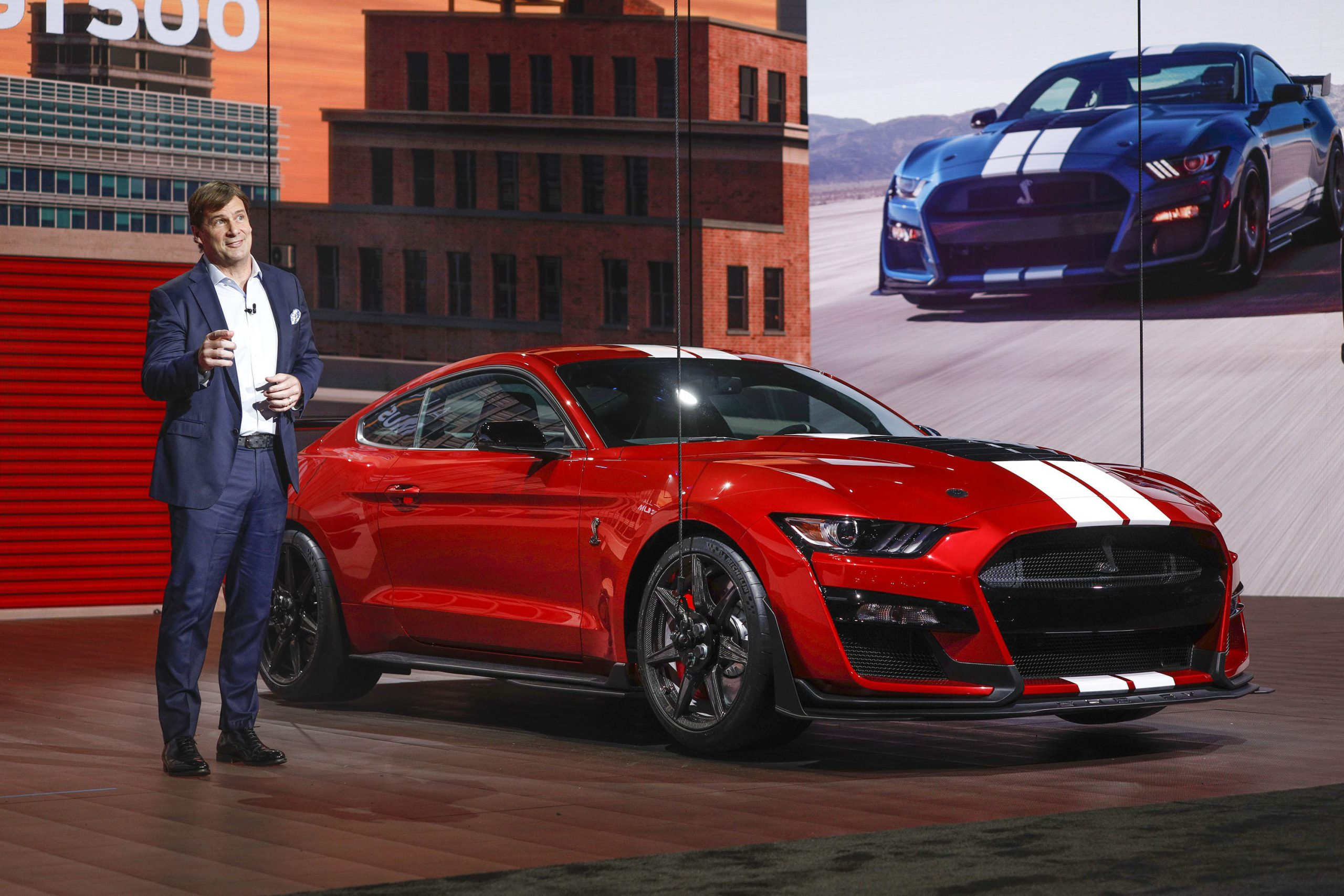 Ford COO Farley to receive $2.5 million in shares if not selected as next CEO