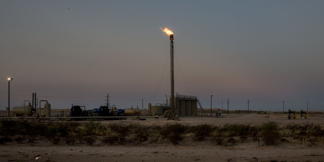 Coronavirus and Oil-Price Plunge Buries Shale and Occidental's Big Bet