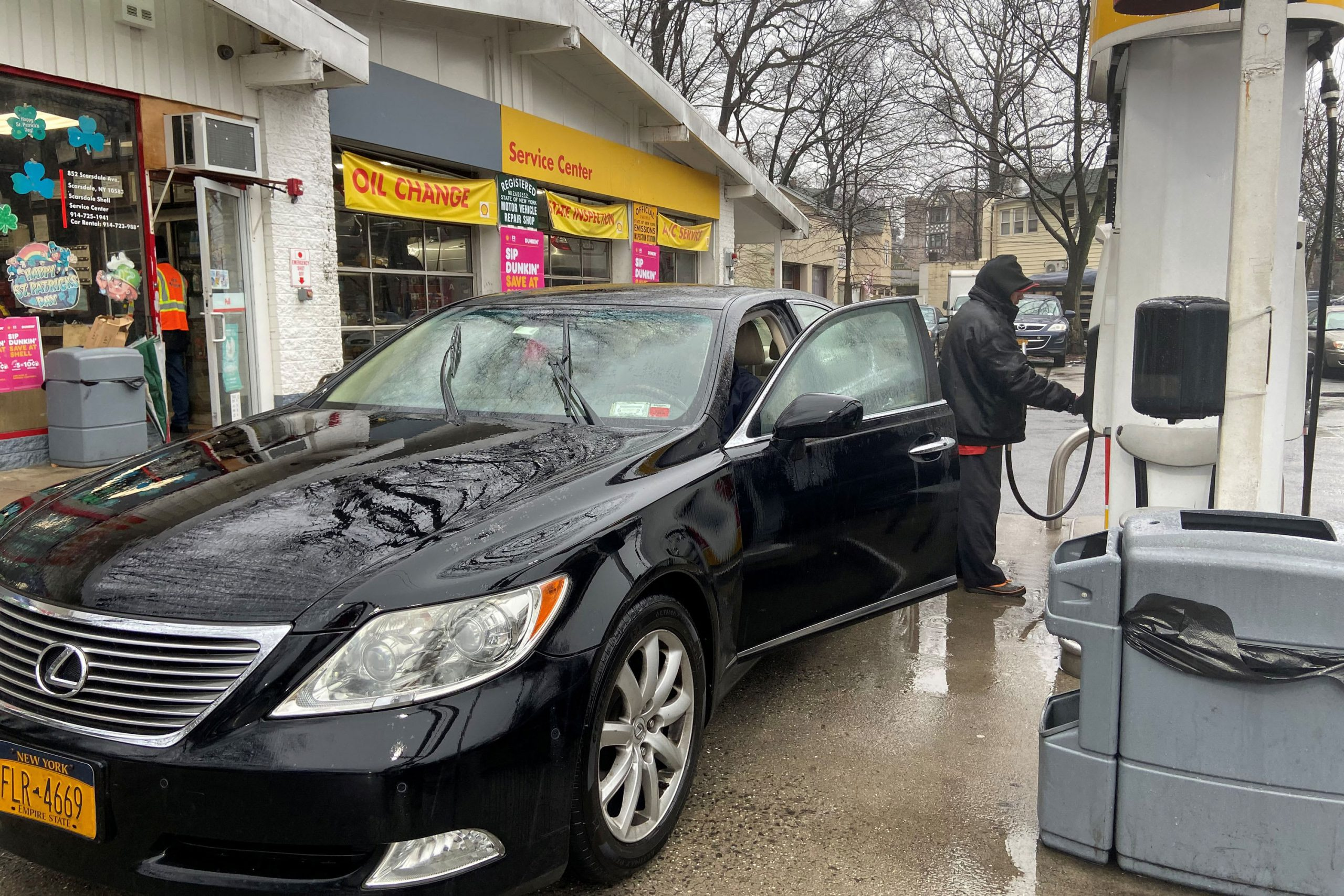 Consumers could spend $20 billion less for gasoline this April as prices collapse in futures market