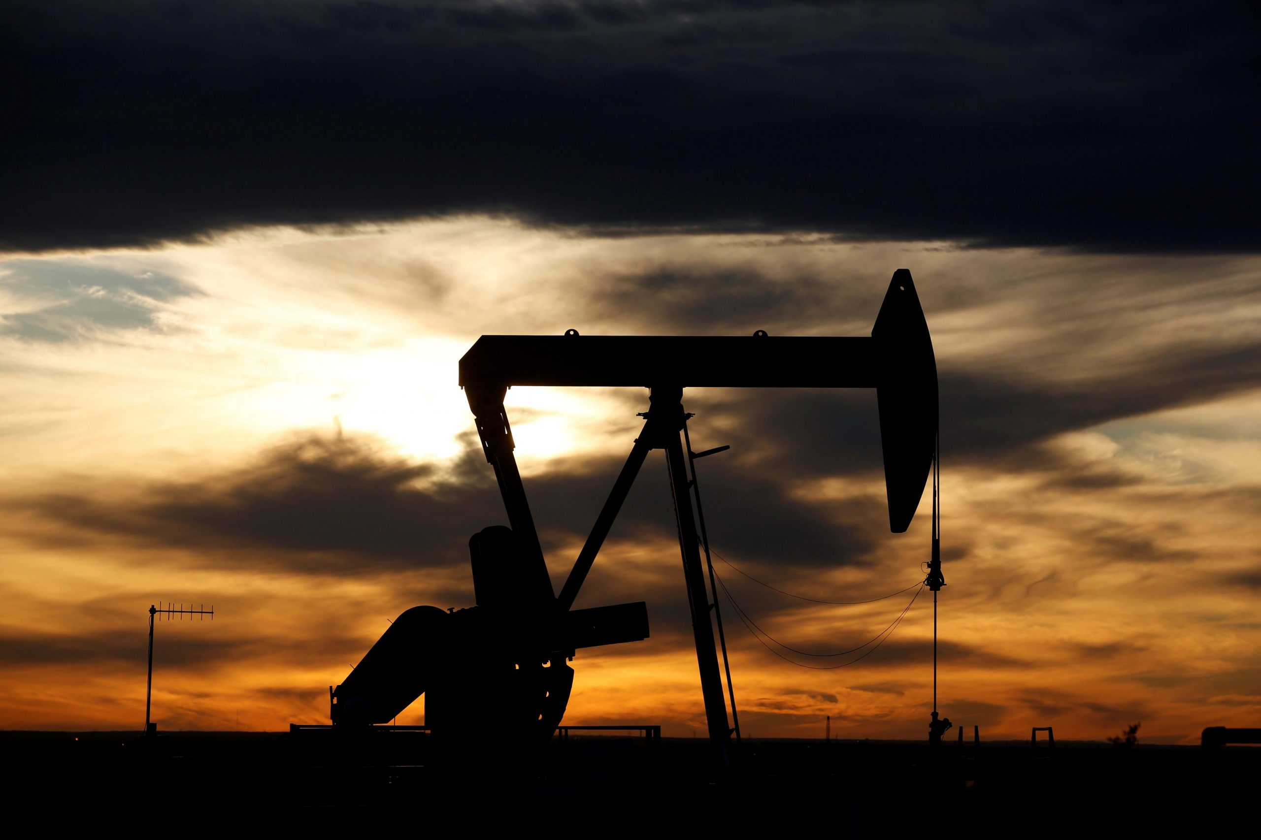 Anyone who thinks oil has hit a floor is 'playing with fire' — yes, prices can go lower