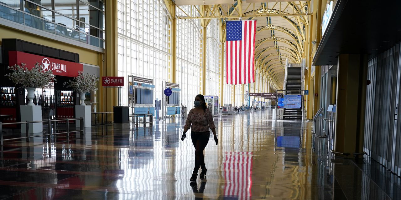 U.S. Borders to Remain Shut to Foreign Travelers as States Reopen