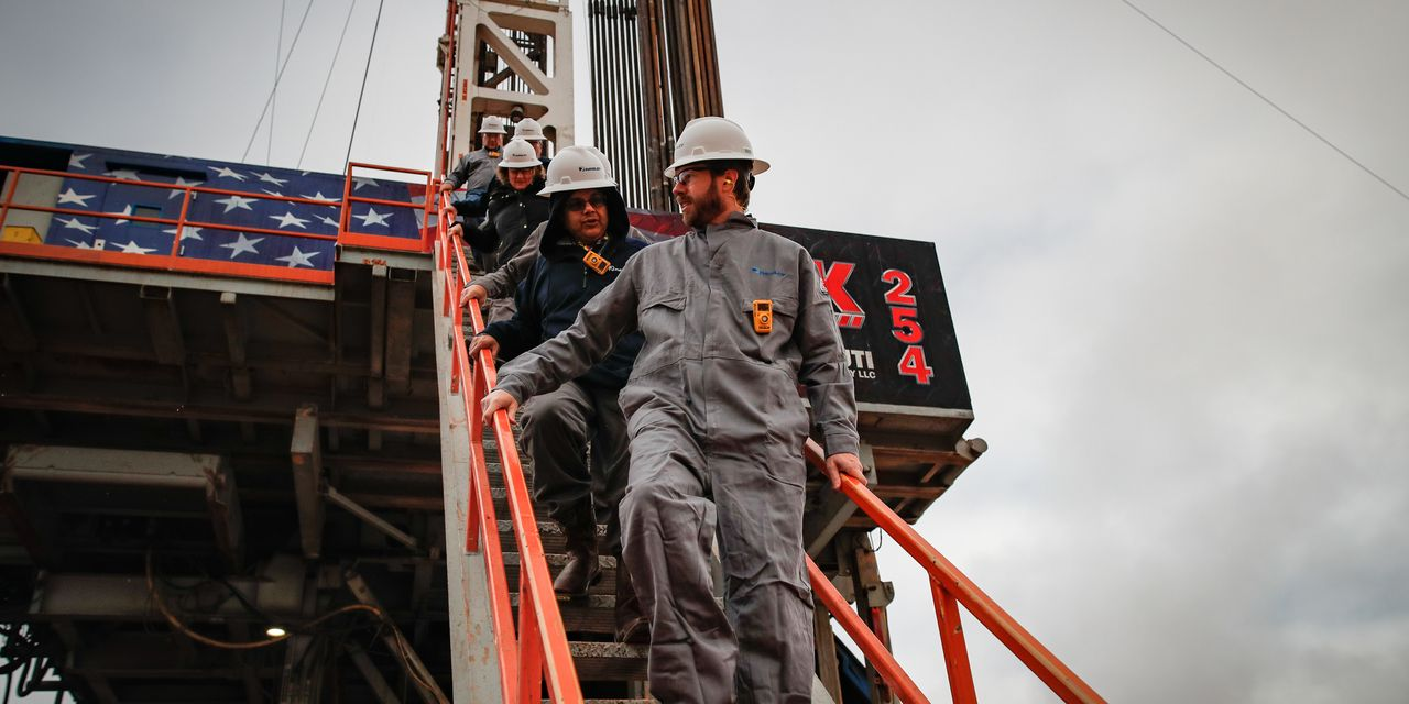 Young Shale CEO Asks Texas to Curb Oil Output as Coronavirus Cuts Prices