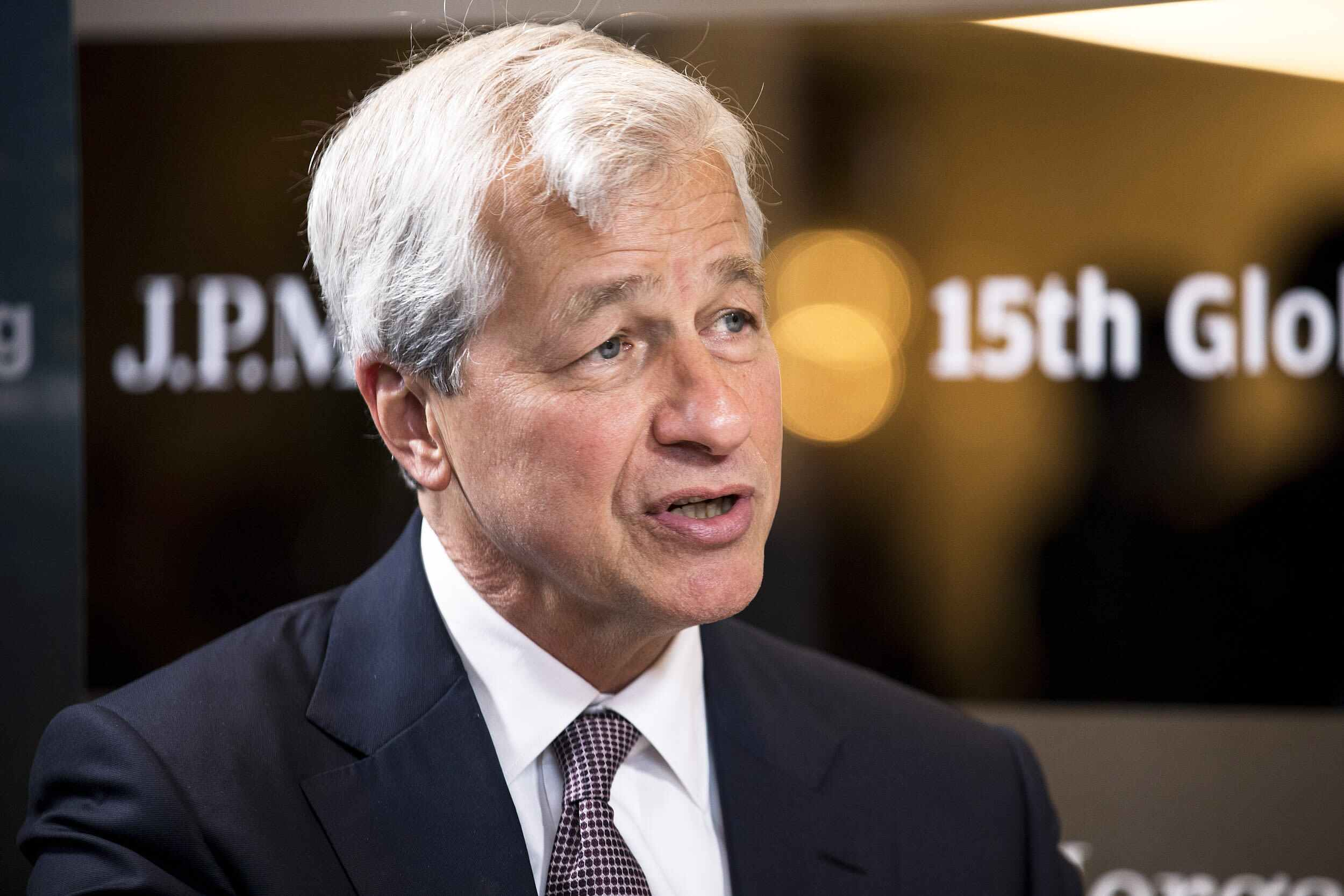 JPMorgan Chase is set to report first-quarter earnings following Dimon's dire warning about economy