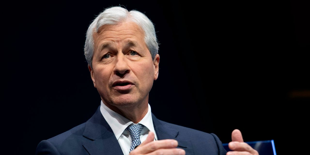 JPMorgan, Wells Fargo Profits Tumble As They Brace For A Recession