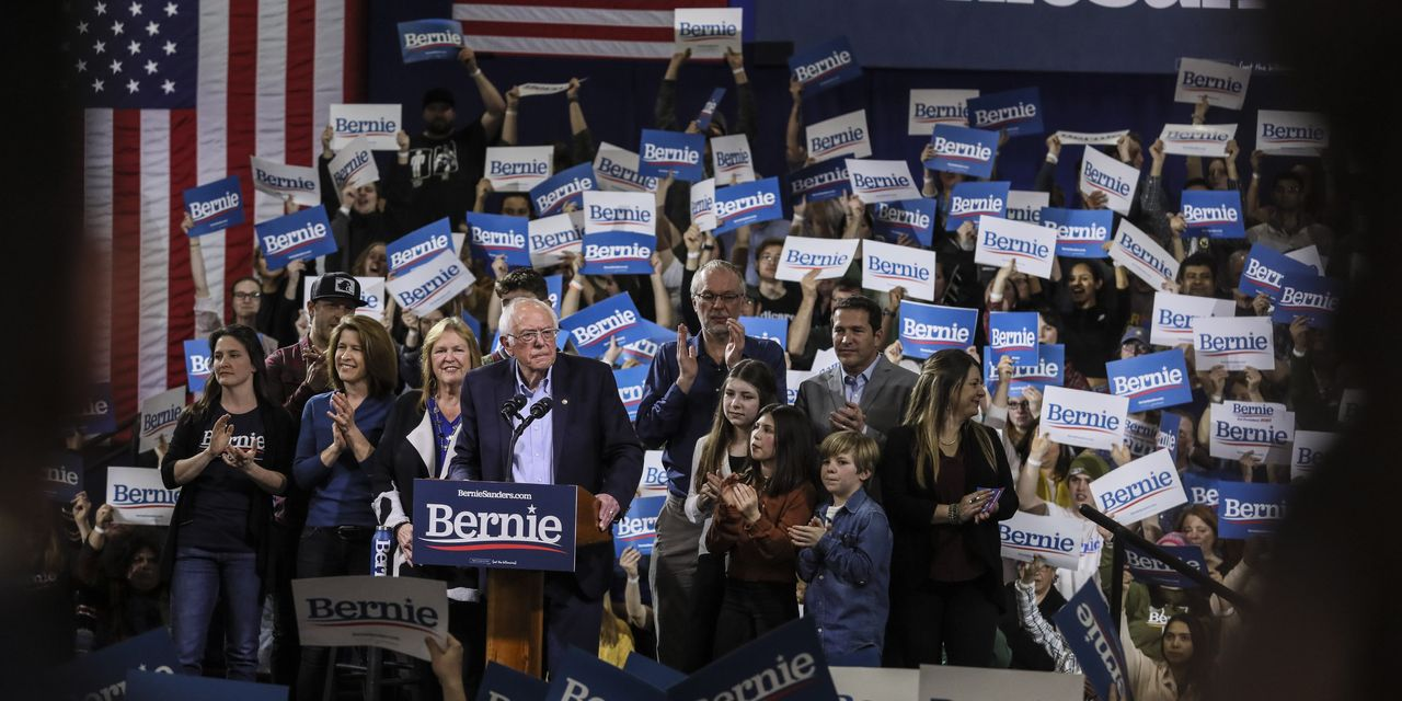 Sanders to Boost Biden Online, but Doesn't Plan to Raise Money for Him