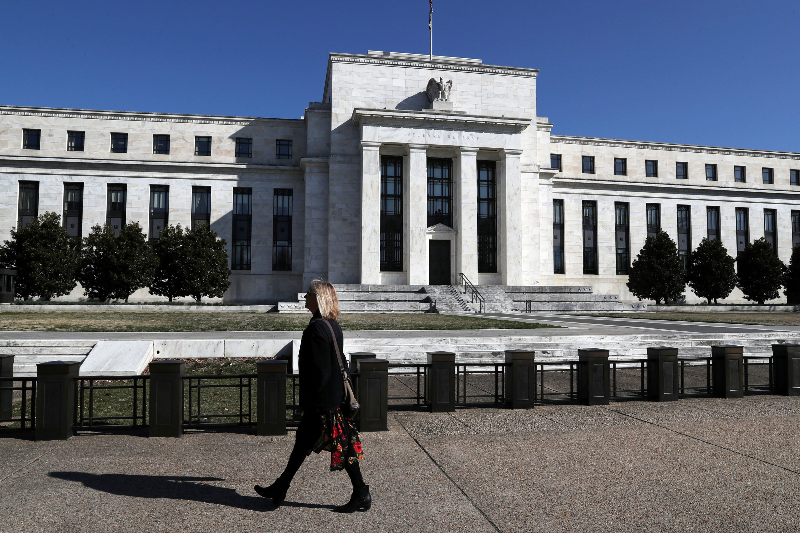 Fed Beige Book says economy contracted 'sharply and abruptly' due to coronavirus