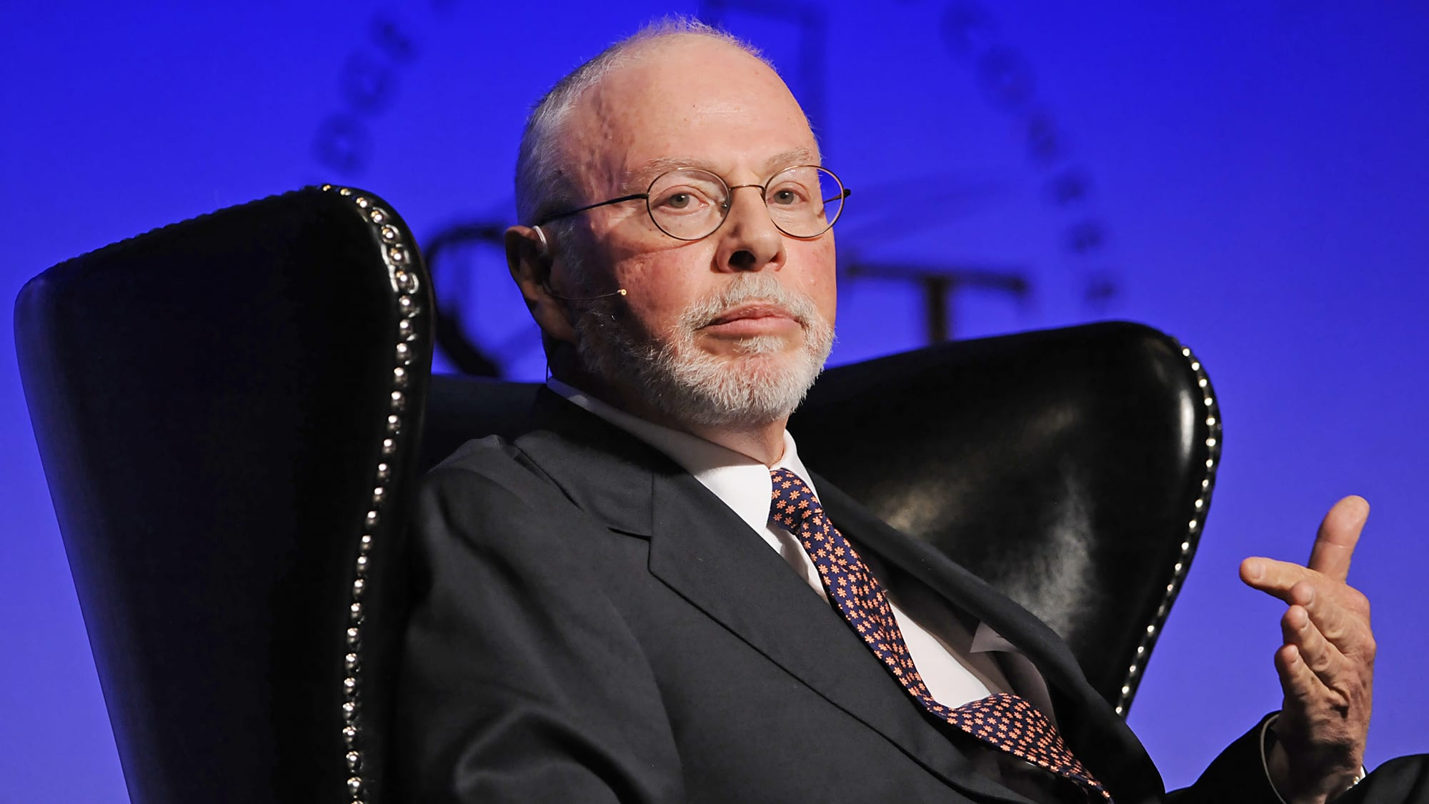 Hedge fund Elliott says stocks could fall 50% from February highs