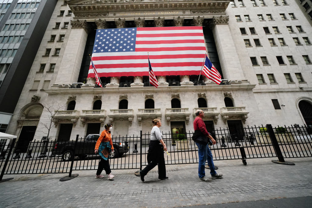 Stock market live update: Dow futures up 200 points, oil prices rise for 5th straight day