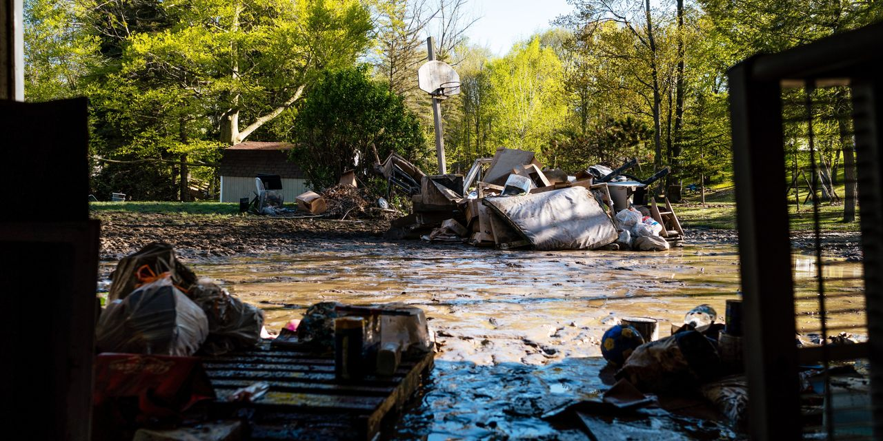 Family Regroups After Michigan Dam Failure. 'We're Seeing the Worst-Case Scenario'