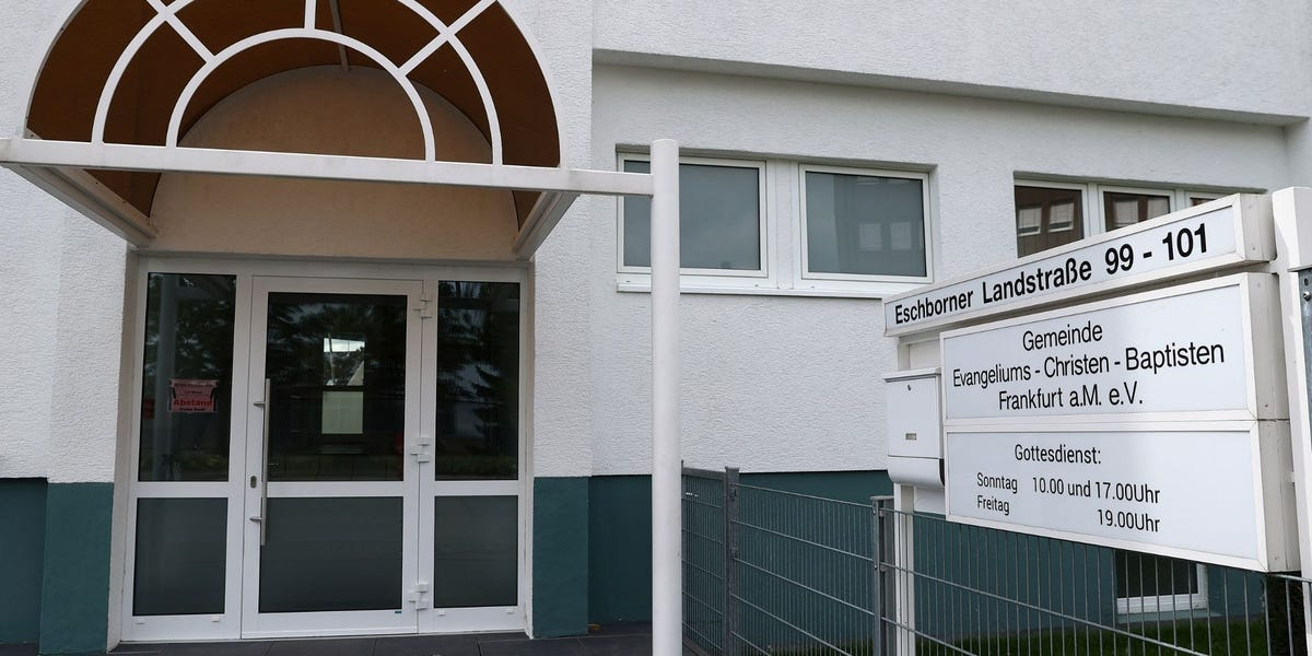 At least 107 diagnosed with COVID-19 after Frankfurt church service
