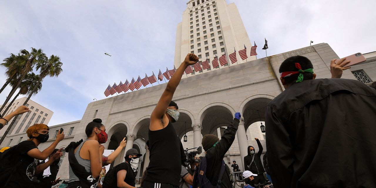 How George Floyd Protests in Los Angeles Differ From 1992 Riots