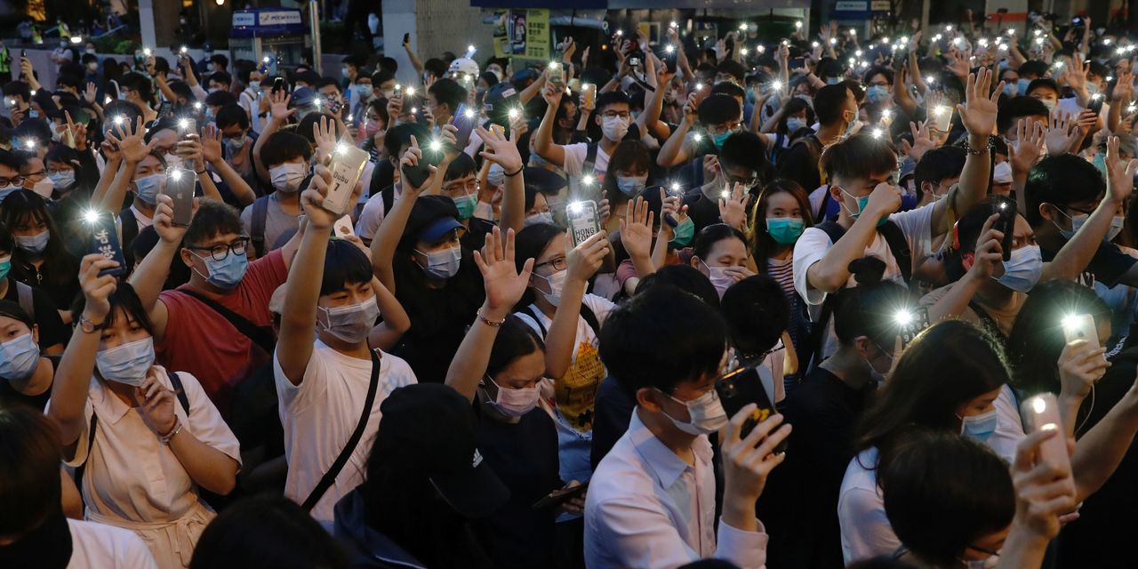 Thousands March in Hong Kong Protest in Defiance of Police Ban