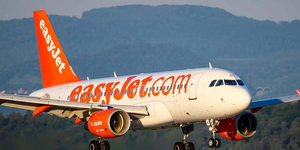 EasyJet resumes some domestic and international flights