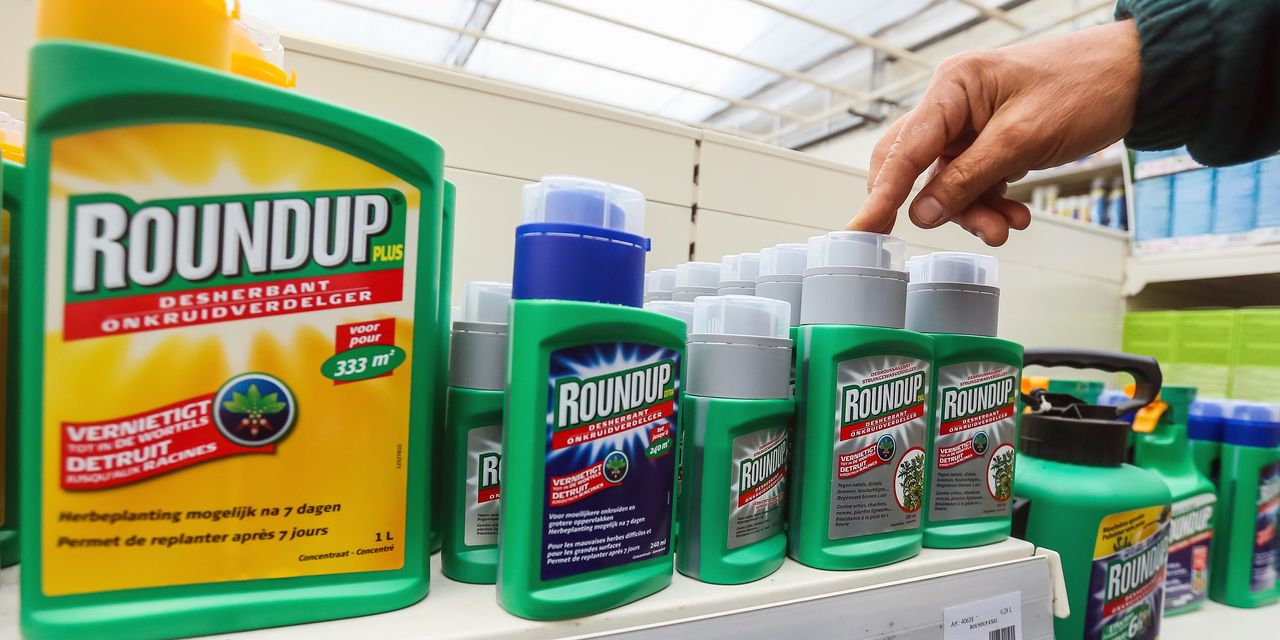 Judge Questions Bayer's Roundup Settlement Plan